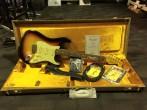 Fender Custom Shop 1960 Stratocaster Relic, 3 Tone Sunburst