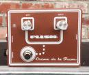 Fuchs Plush Crème de la Trem Brownface Tremolo Pedal